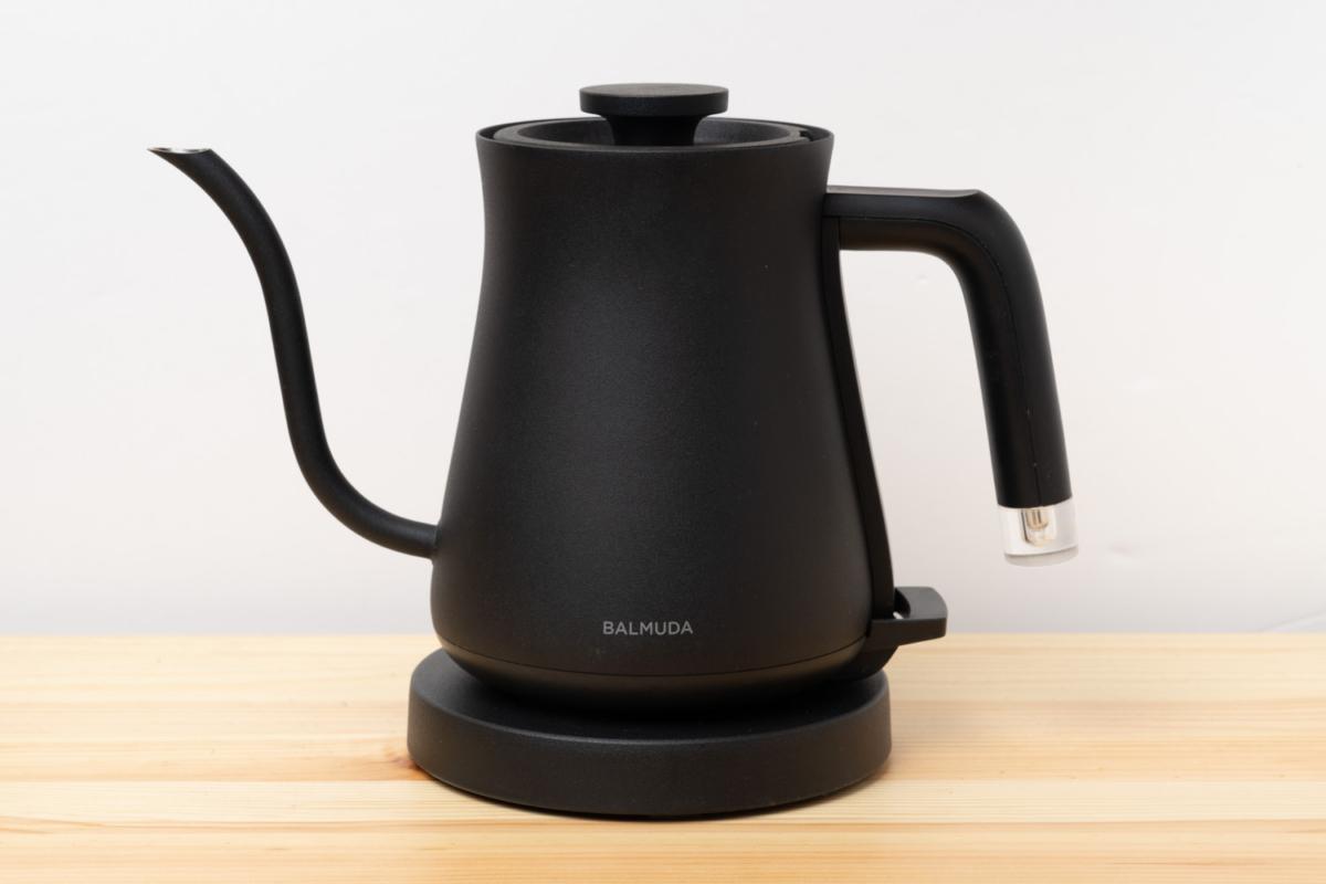BALMUDA The Potの正面写真
